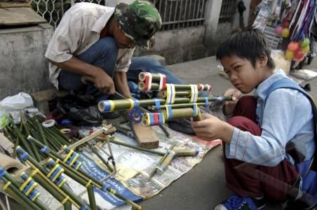 senapan bambu